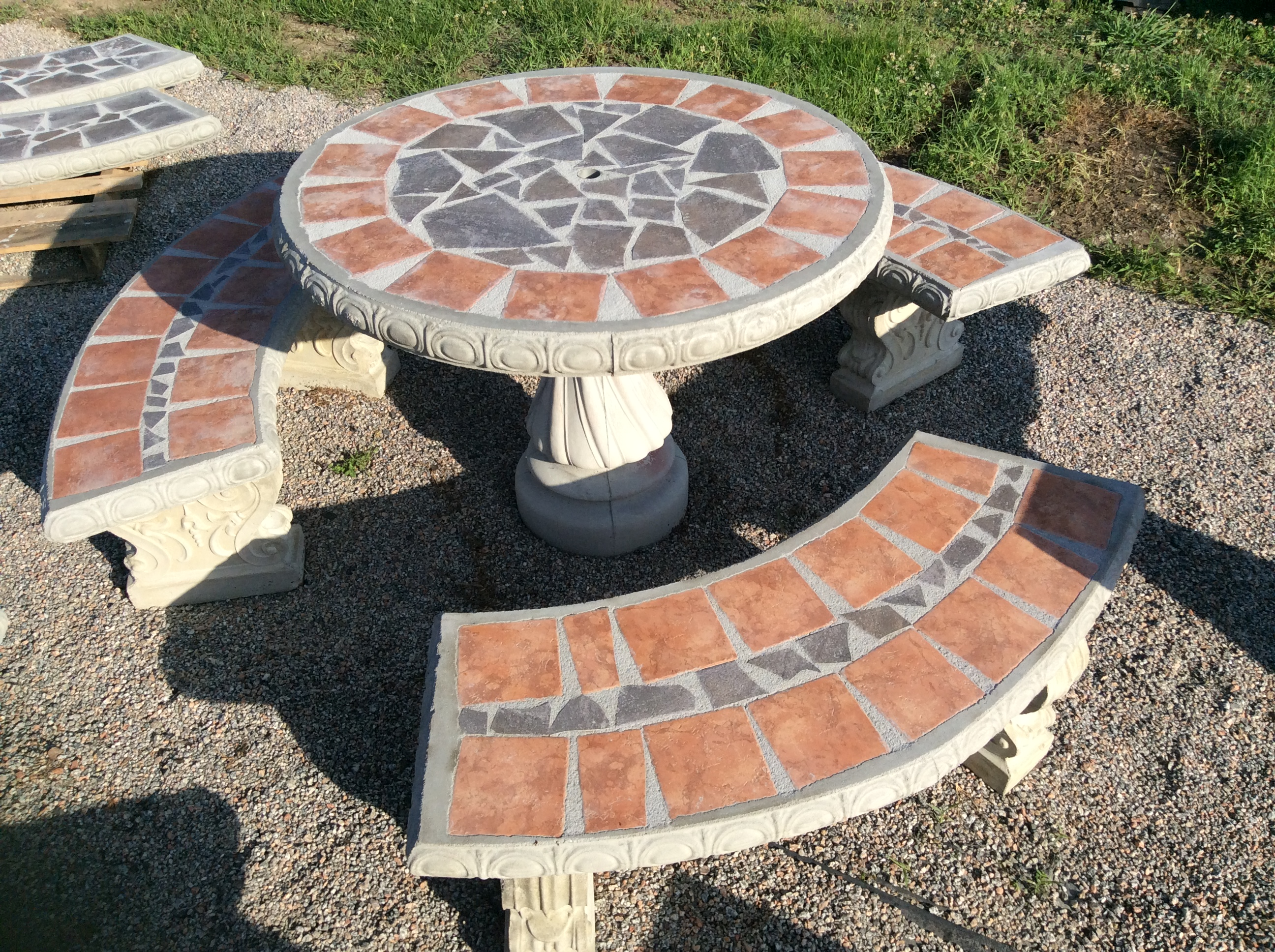 42 Tile Inlay Patio Table Set Terra Cotta Outline W Grey 649 95