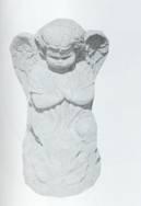 Kneeling Garland Angel